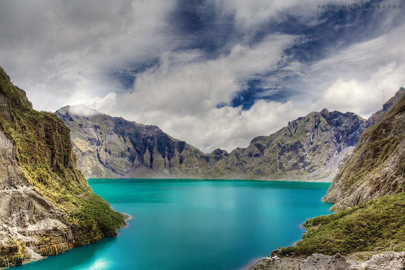 mount pinatubo the volcano itself essay The eruption of mount pinatubo in 1991 was the largest volcanic eruption in 80   and yet, the eruption itself was only a precursor to the greater devastation still.