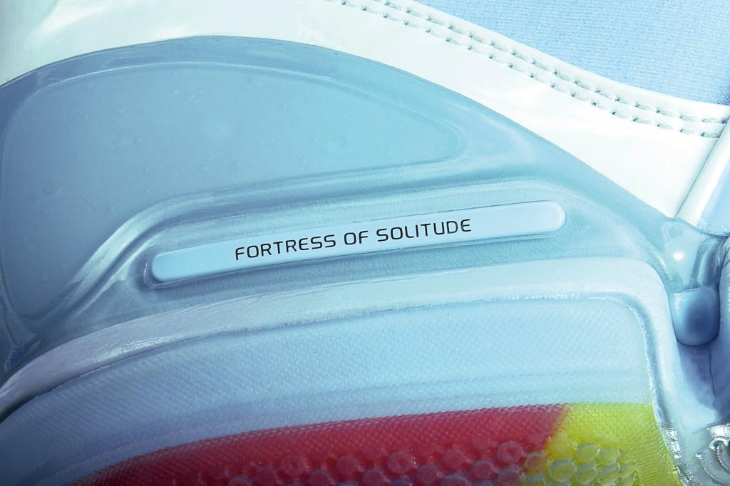 adidas-ts-beast-commander-superman-closeup
