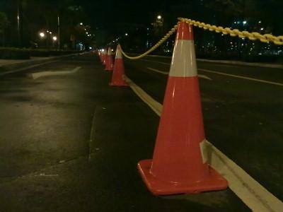 fort-running-traffic-cones