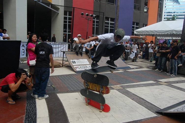 adidas 24 skate