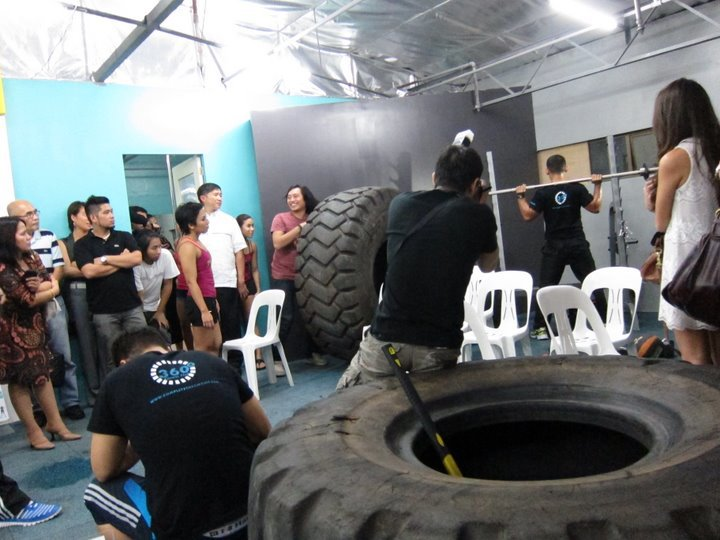 360-fitness-makati-pic