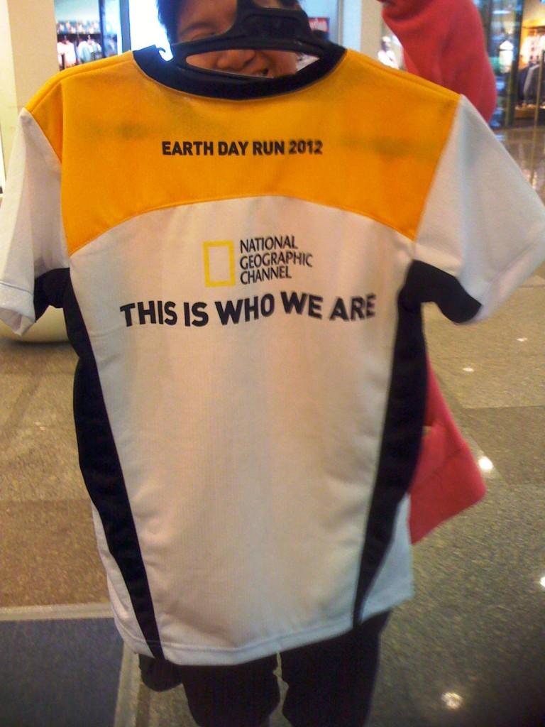 natgeo-earth-day-run-2012-back