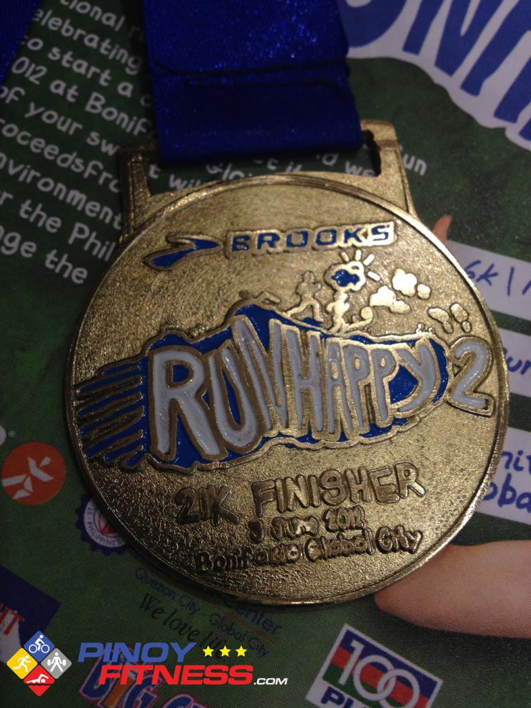 brooks-run-happy-2-2012-medal