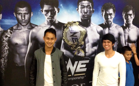 """Raken"" Roland Guia Jr. at the Mall of Asia Arena for the ONE FC bouts."