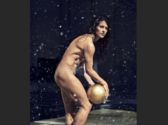 Ali krieger espn body issue behind the scenes - 4 7