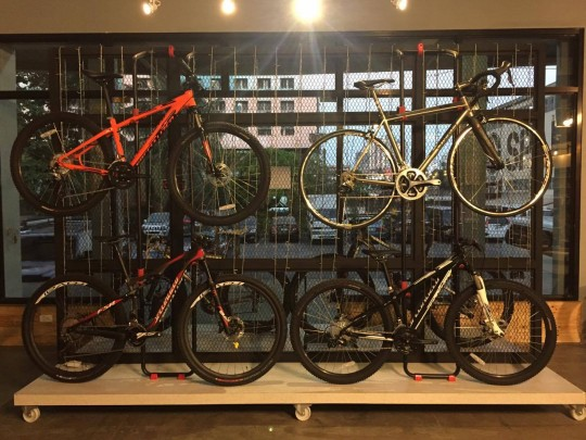 Maximus-Cafe-Bike-Shop-10