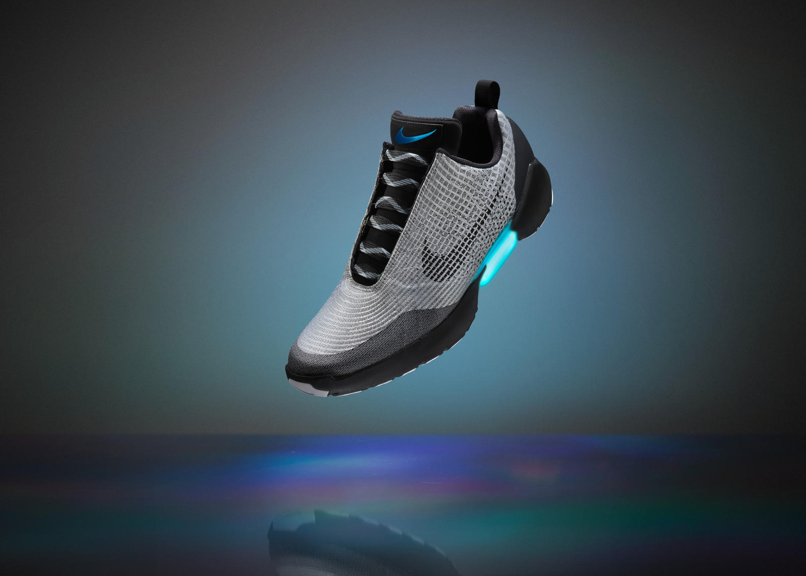nike-hyperadapt-2016-lacing-shoe